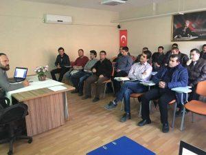 FB IMG 1487882379392 300x225 - İstiridye mantarı yetiştiriciliği eğitimimiz başladı.